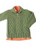 Зеленый пуловер с воротником поло