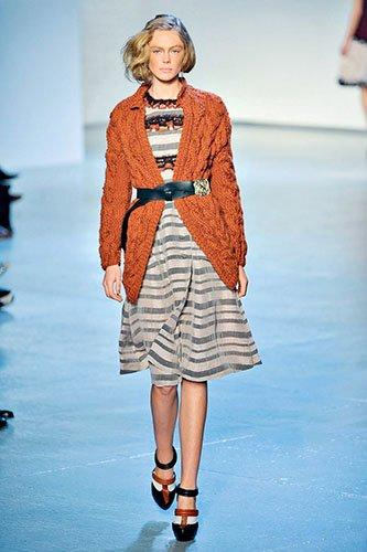Ирэн №05 2012, мода, тенденции, зима 2013, свитер, пуловер, аранские узоры, топы, платья, RODARTE